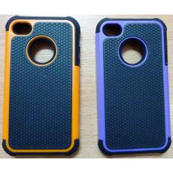 Husa rigida de cauciuc in doua culori iphone 4
